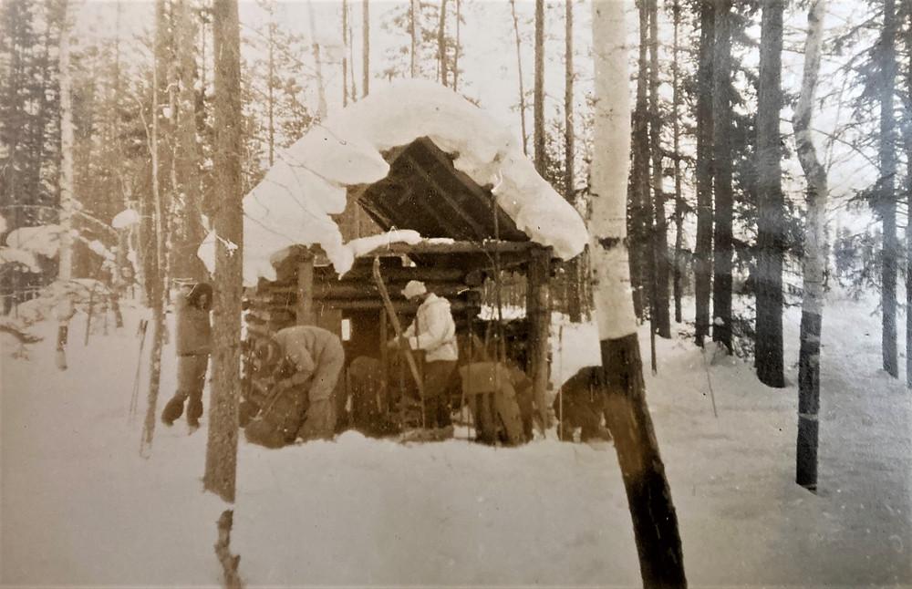 Изба на р. Сыгыкте| skitour.club| Блог Сергея Чеботова