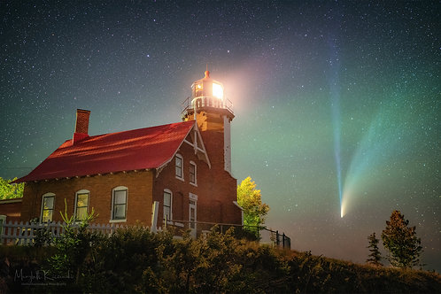Eagle Harbor Lighthouse - Comet NEOWISE
