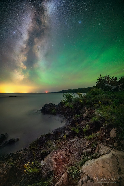 Wild Airglow Over Lake Superior