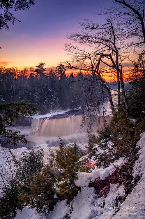 Tahquamenon Falls - Winter's Magic