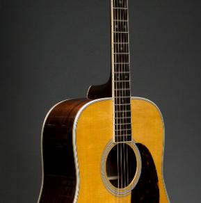 Martin Akustikgitarre D-35