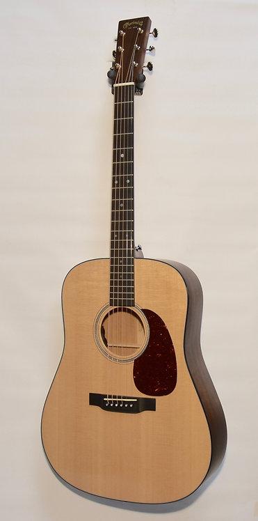 MARTIN Westerngitarre D-16E
