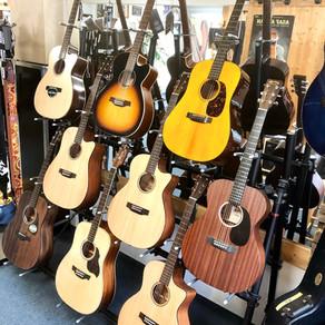 Auswahl Westerngitarren