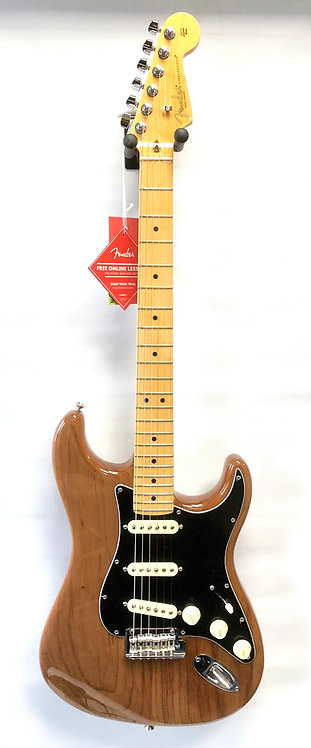 FENDER AMERICAN PROFESSIONAL II STRATOCASTER MN RST PINE