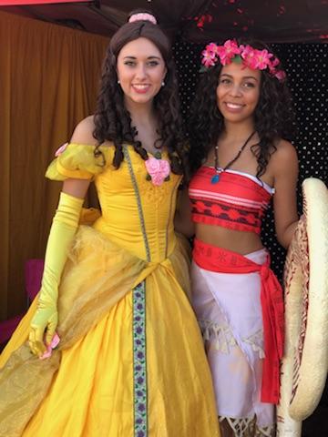 Belle & Moana 1