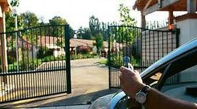SECURITE ANTILLAISE est spécialisé dans l'installation d'automatisme de portes & portails en Martinique