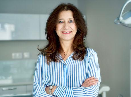 Dr. Albena Veselinova
