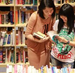 ladies browsing.jpg
