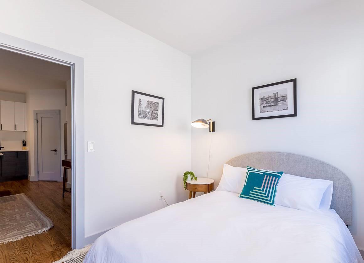 Williamsburg Furnished Apartment