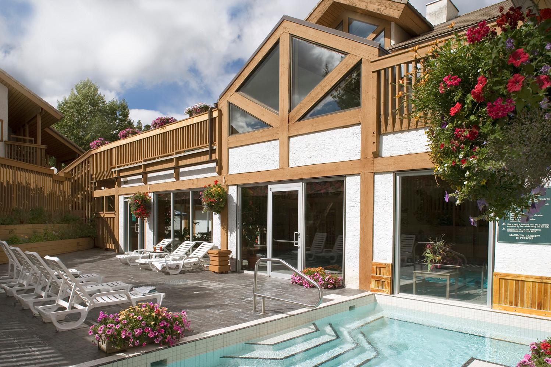 Banff Rocky Mountain Resort Hot Tub