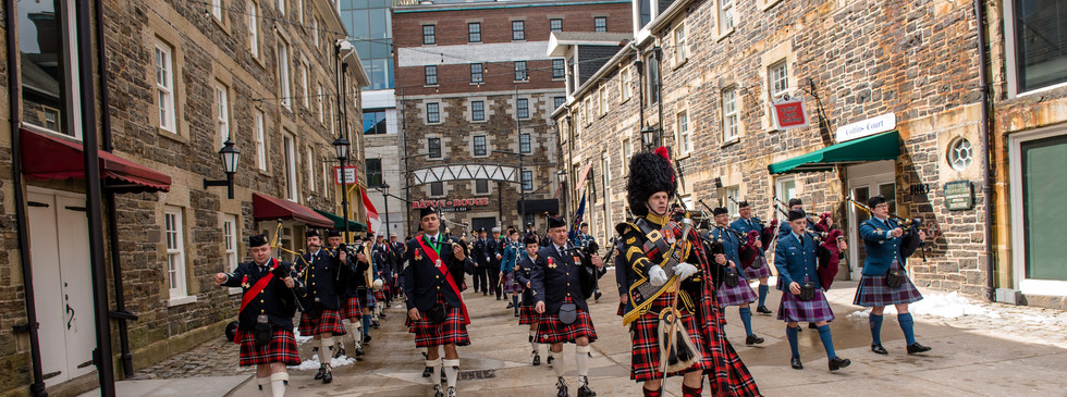 Combined pipes and drum bands