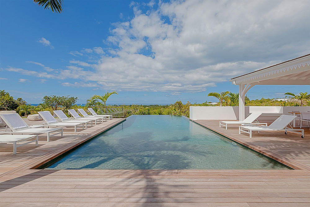 Discover St Barth with Mh Property