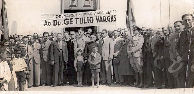 2 Getúlio Vargas (1930).jpg