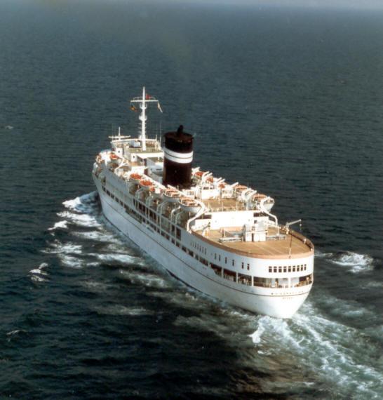fotoflite cruise ship.jpg
