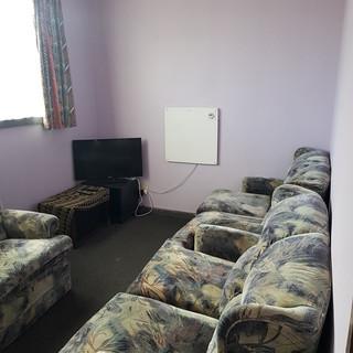 Lounge Pic.jpg