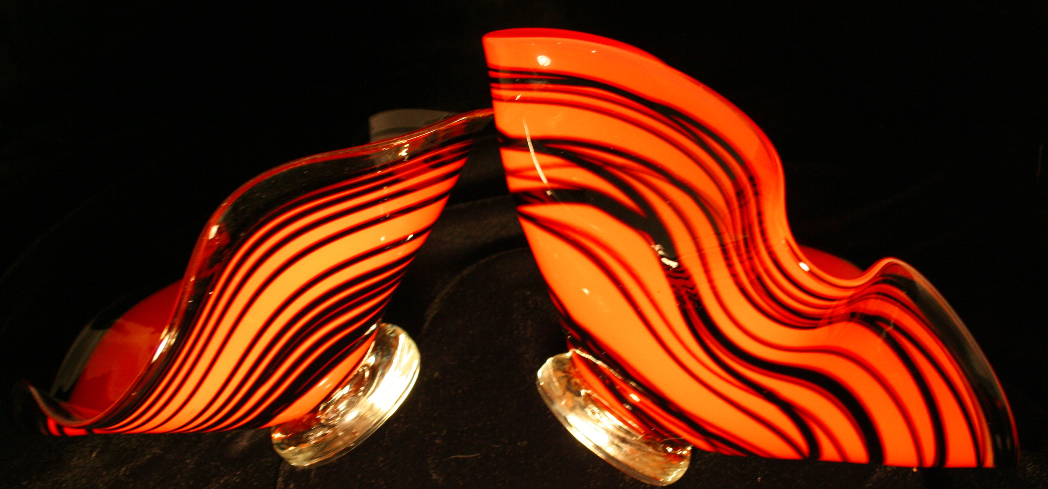 Red with black wrap glass bowl