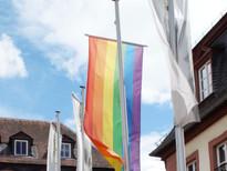 Gelnhausen hisst die Regenbogenflagge