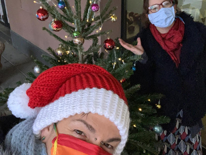 Queerer Weihnachtsbaum in Gelnhausen