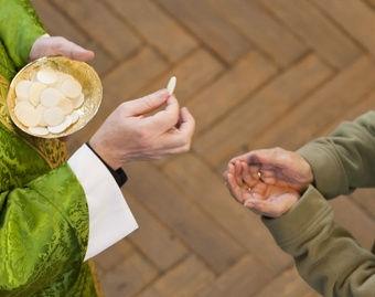 Eucharistic minister.jpg