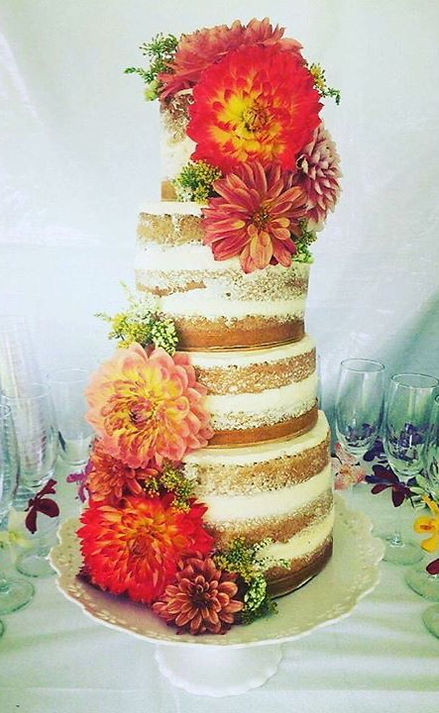 Probably my favorite wedding cake creati