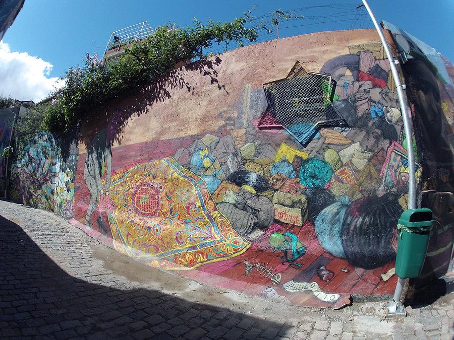Street art Graffiti - Boca de Batman @ Villa Maddalena, Sao Paulo, Brazil