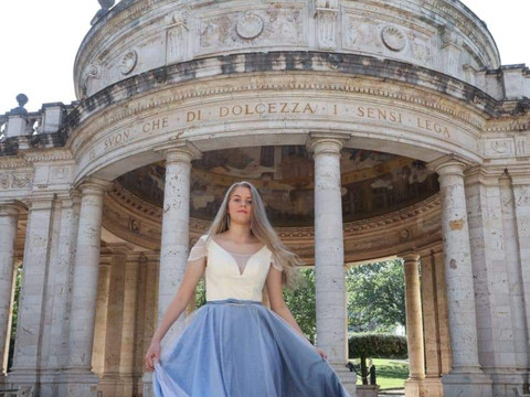 Bianca Italy Fashion Week
