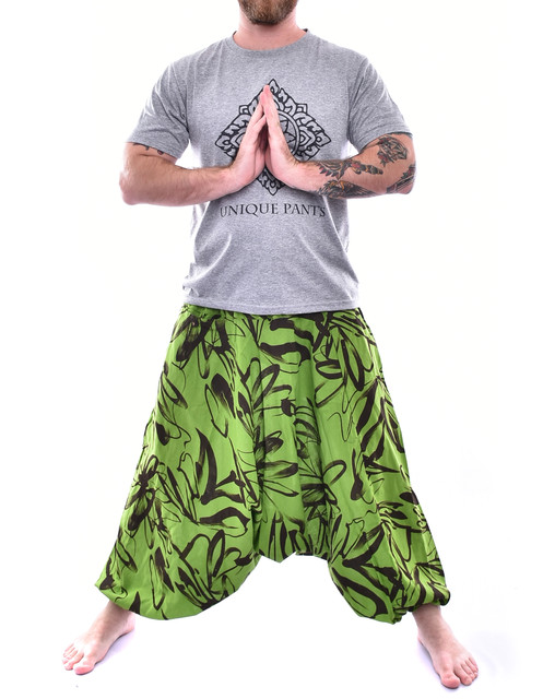 5f90dbc2c5b1 Green Bush paint Design Baggy pants