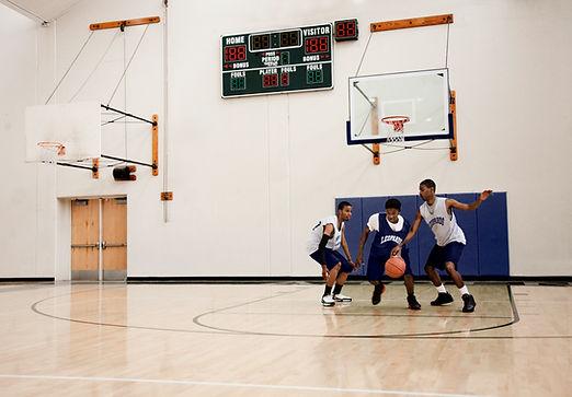 Jeu de basketball pour les jeunes