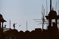 Kite flyer sillohuette.jpg
