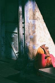 Light shaft Woman.jpg
