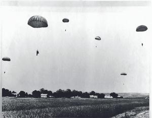 Первый десант 2 августа 1930 года. Полевой аэродром. ВДВ 90 лет