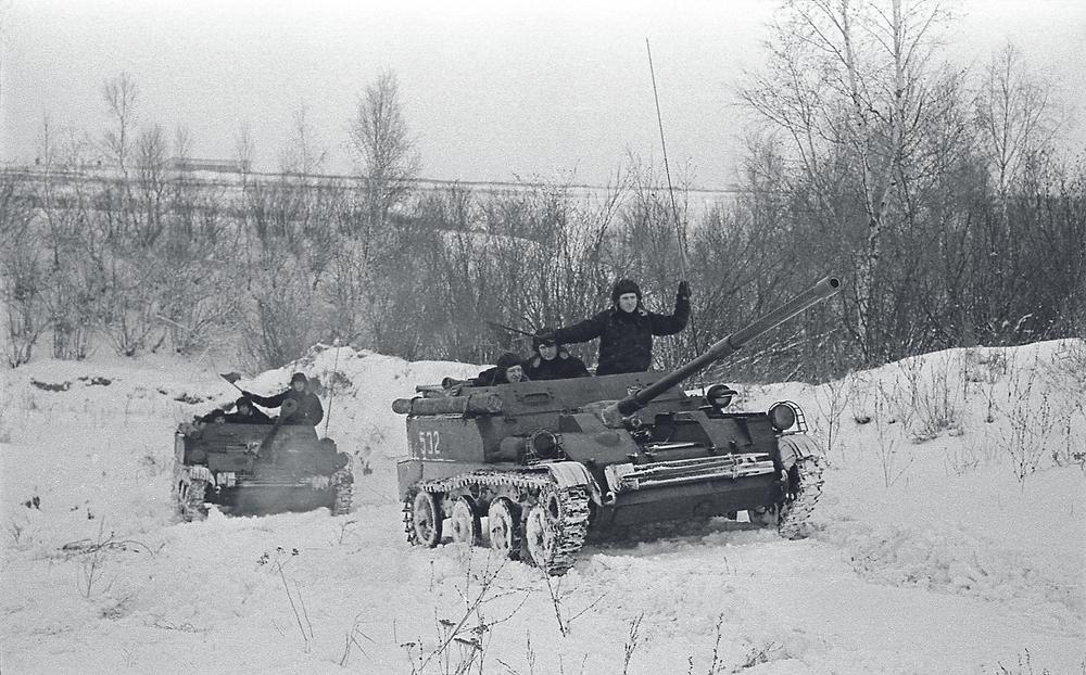 Артиллеристская самоходная установка АСУ-57