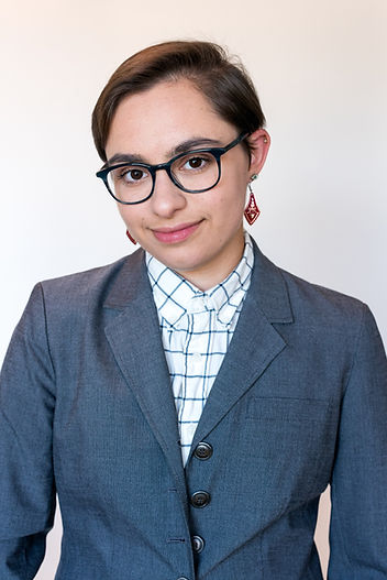 Araxie-Glasses-2.jpg