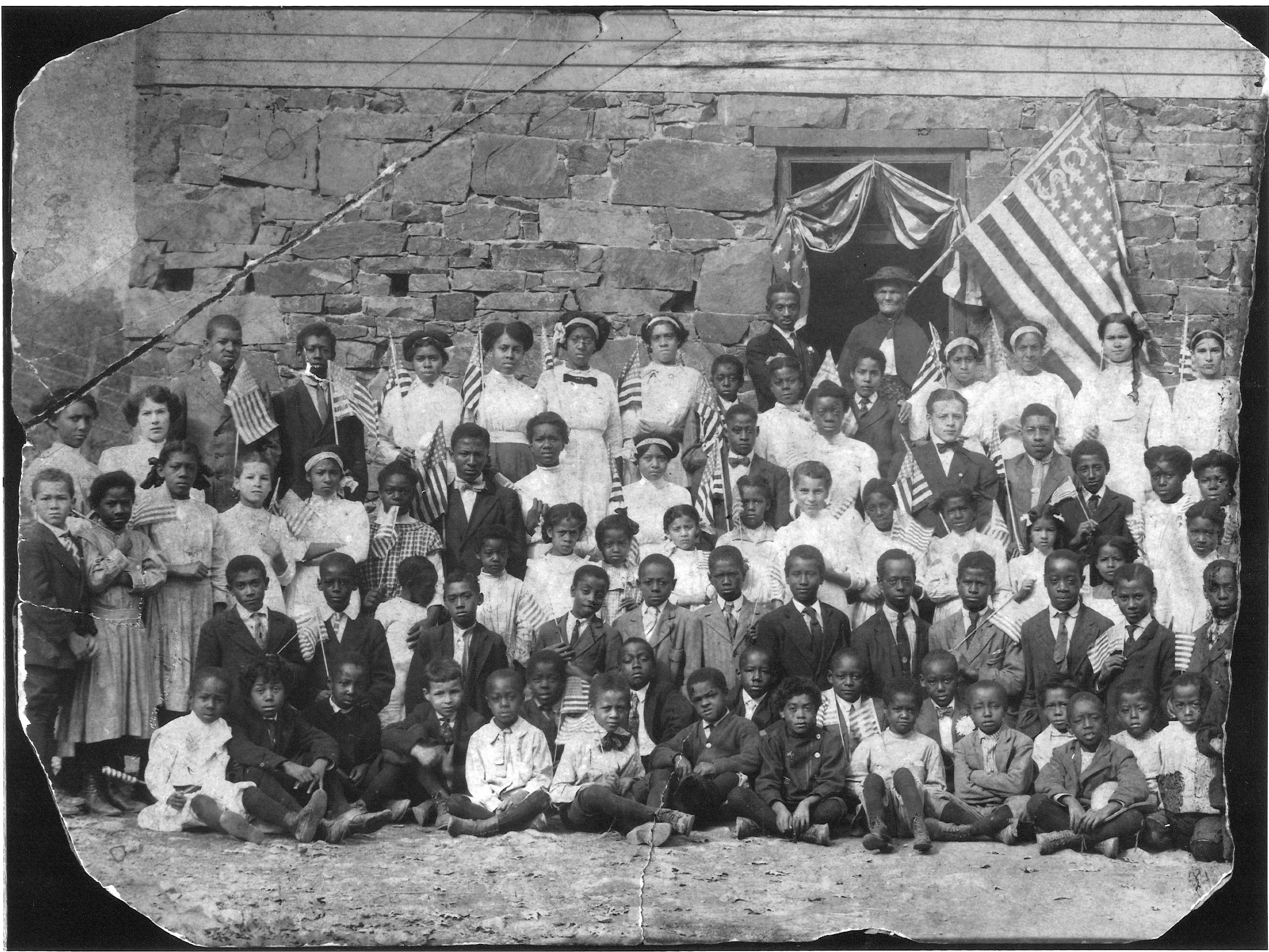 Lincoln Colored School B Students.jpg