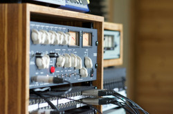 Online Mixing and Mastering Australia Engineering