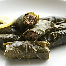 Grape Leaves With Meat (4 Pieces)