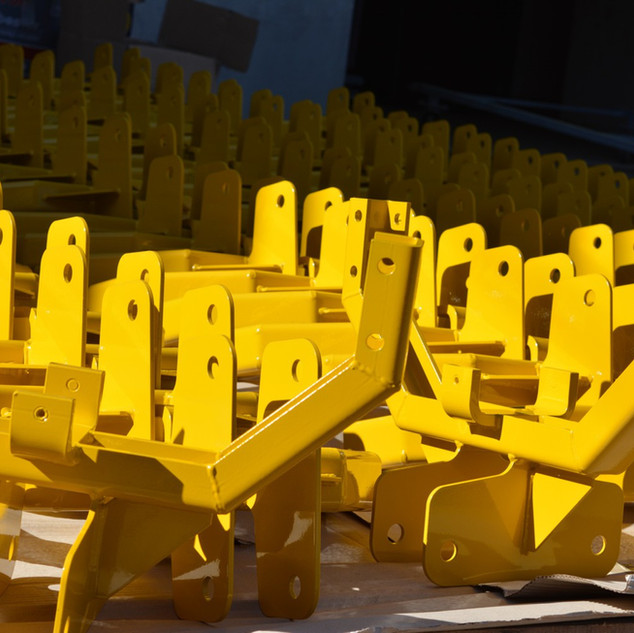02 - lakiernia proszkowa lak system - realizacje - żółte detale