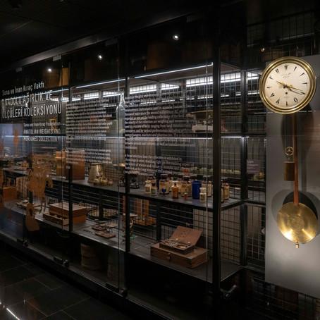 Osmanlı saat ustası Mustafa Şem'i Pek'in saati sergileniyor