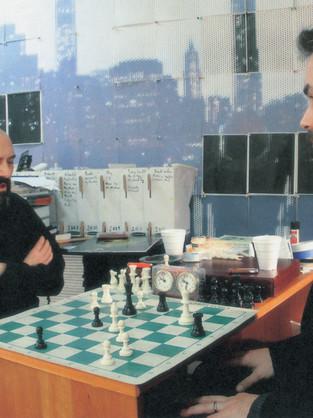 New-York'ta kavramsal şah-mat!