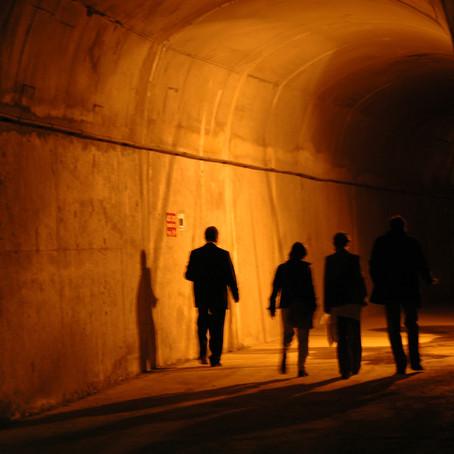 Metro tünelinde: İstanbul'da Şifa Bulmak