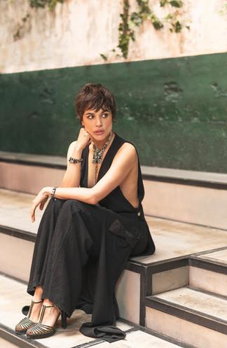 Adriana Ugarte-617267.jpg