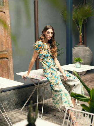 Dress M MISSONI, Pants SANDRO FEMME, Clutch TU O YO, Sandals CASTAÑER, Necklace THOMAS SABO