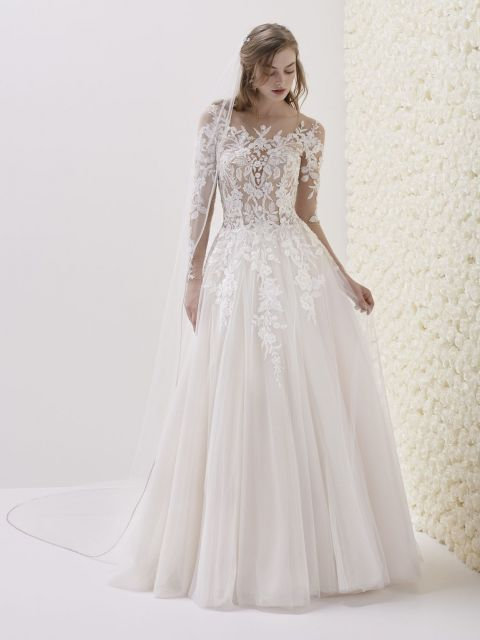 Pronovias 'Emelina' Gown