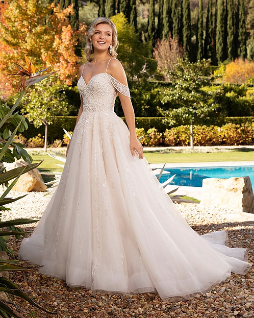 Casablanca Plus Size '2389' Gown
