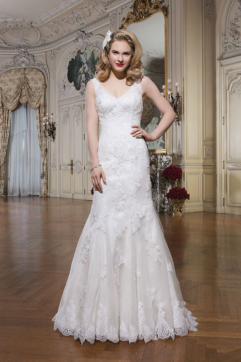 Justin Alexander Lace Gown