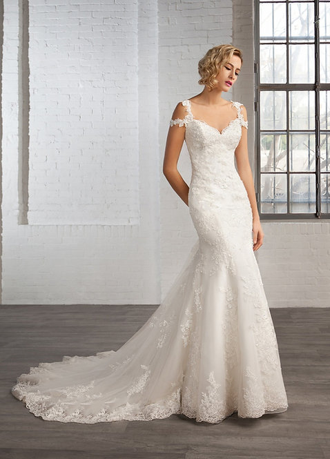 Cosmobella '7770' Gown