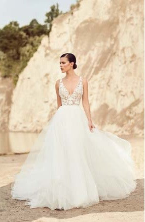 Mikaella '2106' Flowy Gown