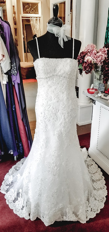Anjolique Lace Gown