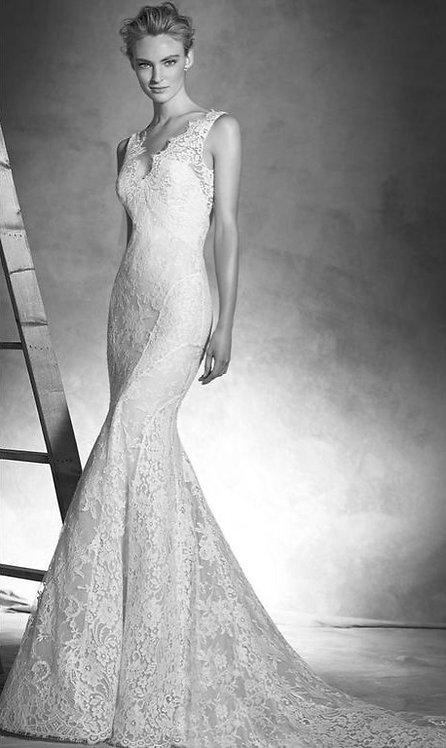 Pronovias 'Ingrid' Gown
