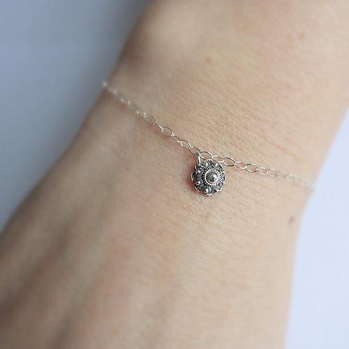 Zilveren armband met zilveren Zeeuwse knop bedel
